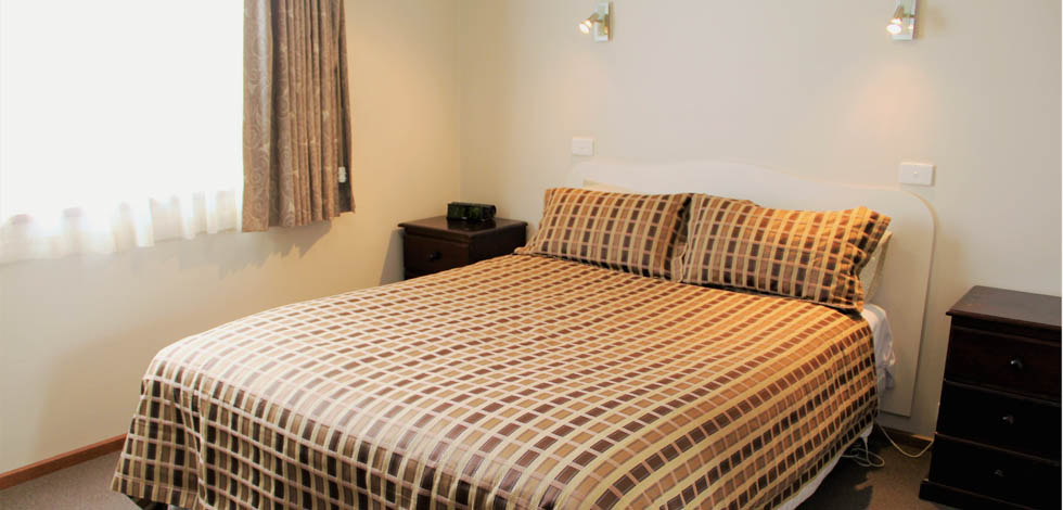 We offer a variety of accommodation options including Queen Rooms, Twin Rooms, Family Rooms and Serviced Apartments.